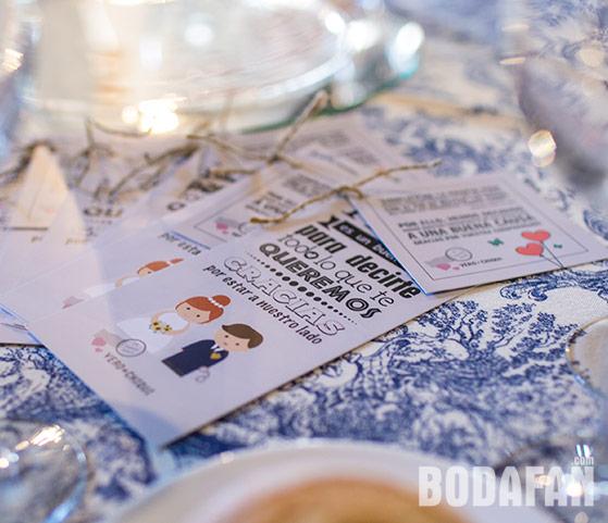 tarjetas-invitados-agradecimiento-bodas-chiqui03