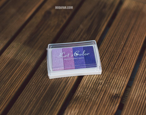 tintas-colores-dedos-huellas-lila