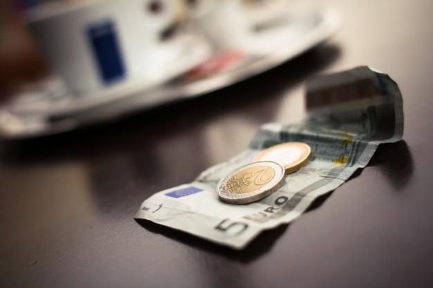 dinero-caro-barato-fotografos-bodas
