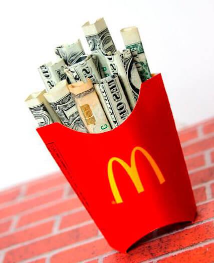 dinero-boda-caja-patatas-mcdonald