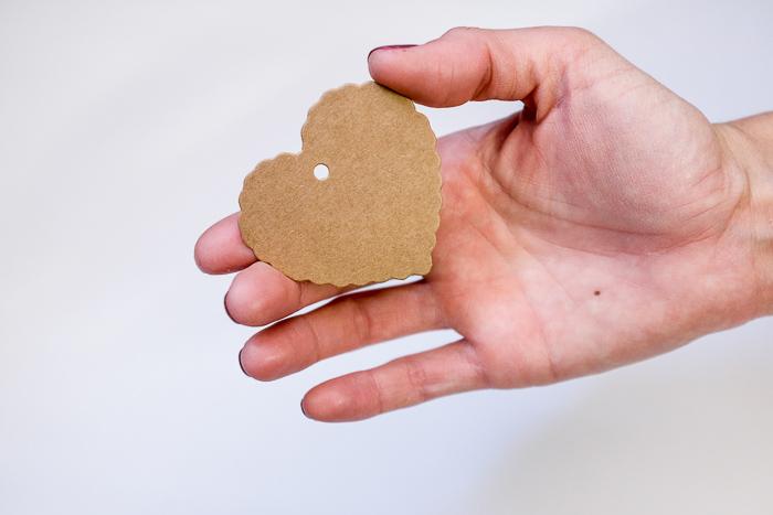 etiquetas-kraft-bodas-regalos-corazon03