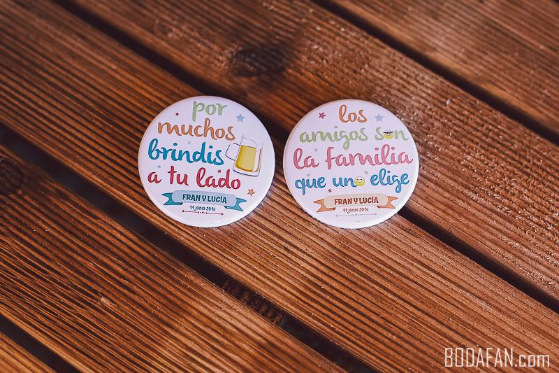 chapas-amigos-bodas1