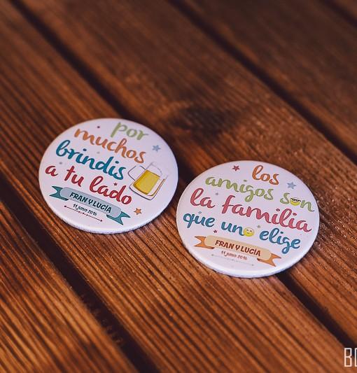 chapas-amigos-bodas3