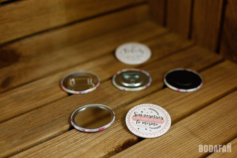 chapas-personalizadas-para-bodas-9