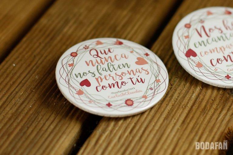 chapas-regalo-bodas-invitados-10