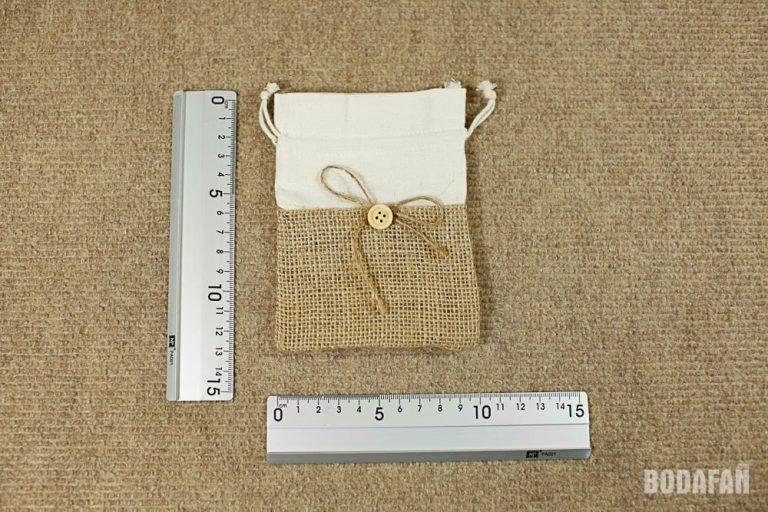 saquitos-bolsas-yute-boton-boda-3