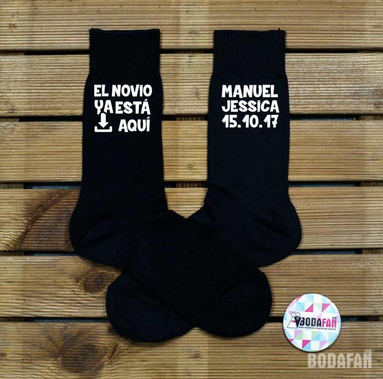 calcetines-personalizados-el-novio-ya-esta-aqui-1